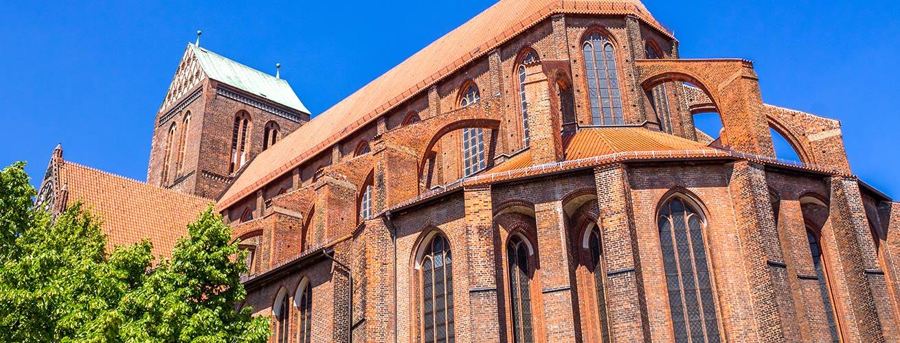 Titelbild Startseite Nikolai Kirche Wismar Außenansicht