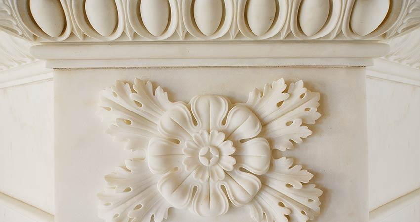 Detail Marmorsaal – Schlusszustand der fein ausformulierten Marmorblüten
